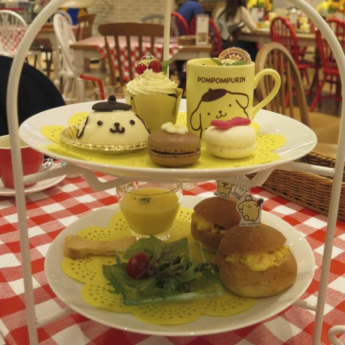 Cafe de Miki with Hello Kitty ポムポムプリンのアフタヌーンティー